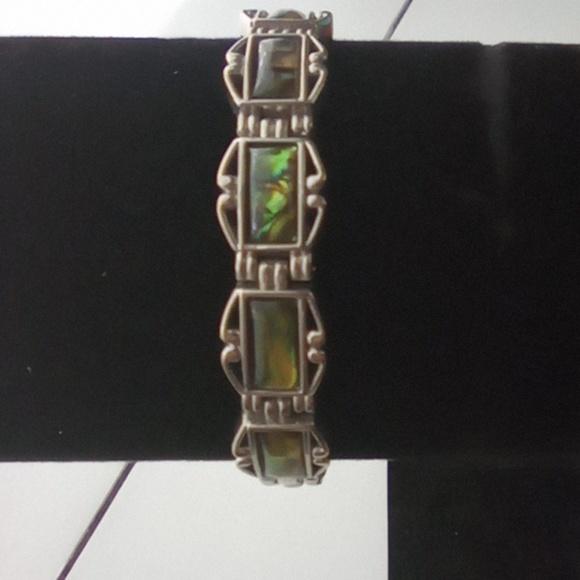 Vintage Jewelry - Vintage Abalone Link Bracelet. Beautiful